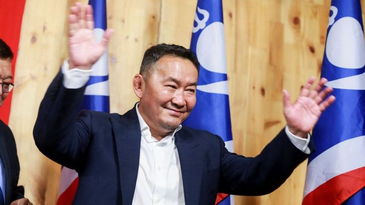 Image copyright                  Getty Images             Image caption                                      The former Mongolian wrestling champ will now lead his country                               A businessman and former martial arts star has claimed victory in... - #Arts, #Battulga, #Election, #Khaltmaa, #Martial, #Mongolia, #Star, #Victory, #World_News