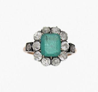 Anillo de esmeralda y brillantes - Emerald and brilliant cut diamonds ring