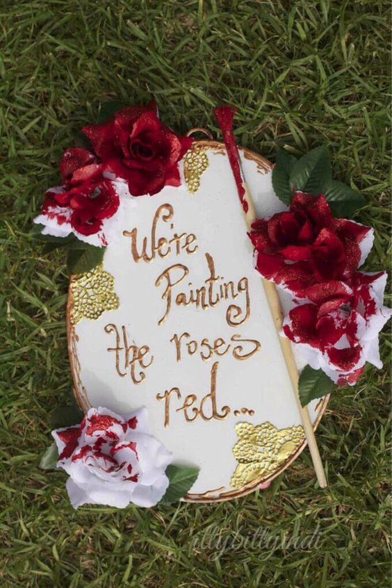 Alice in Wonderland 'painting the roses red' decor birthday party prop Alice…:
