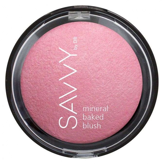 Glowing mineral baked blush with buildable colour payoff.