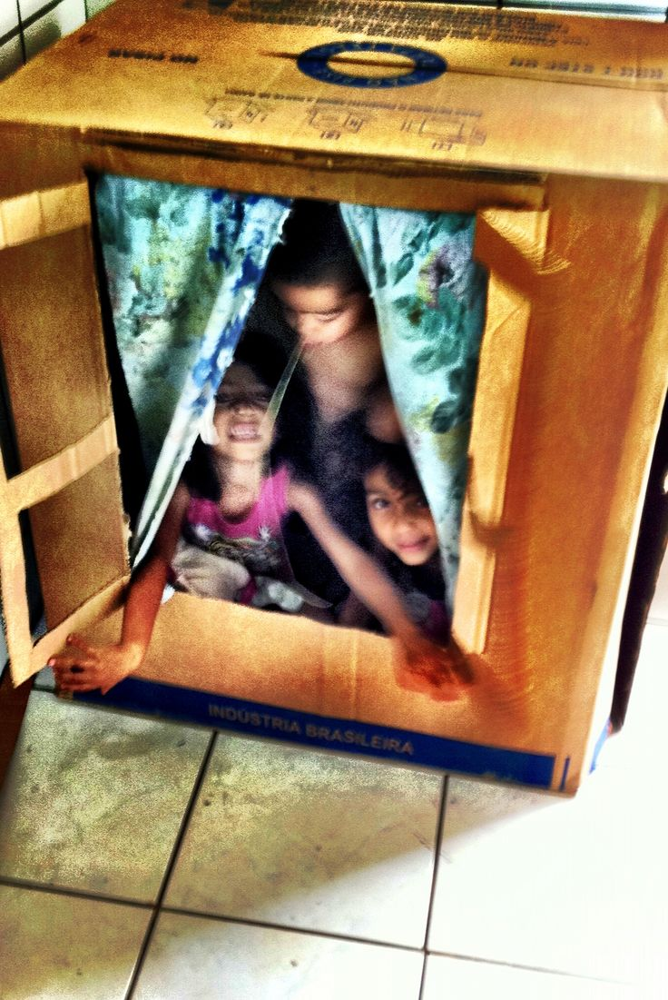 carboard box playhouse