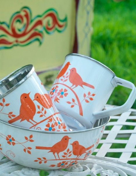 Bird Song Camping Set...I love this and love camping! This would be my dream camping dish set :)