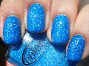 manicure nails neon blue nail polish