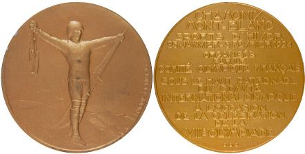 The medal for the 1924 Winter Olympics was designed by engraver Raoul Benard. 2000 were made in the Paris mint.