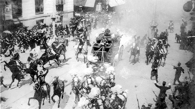 Atentado en la Calle Mayor de Madrid, el 31 de mayo de 1906, en la boda de Alfonso XIII