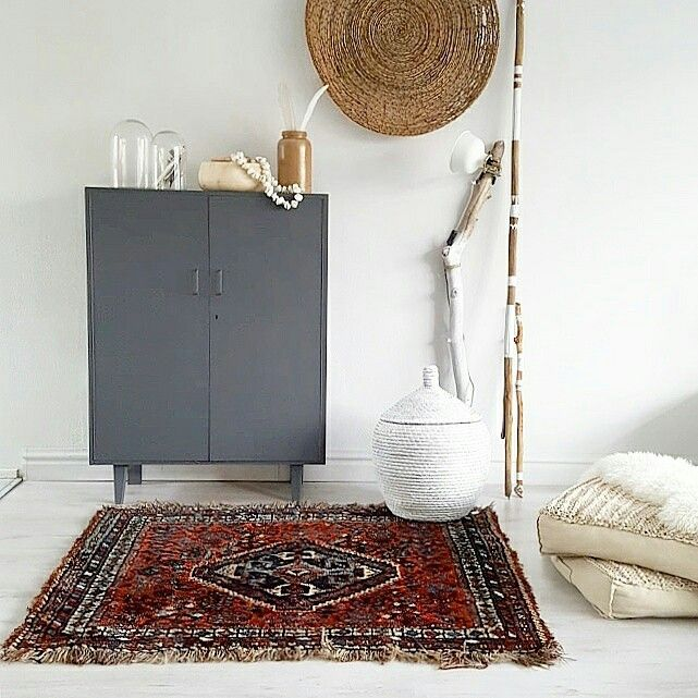 Vintage Persian carpet and handpainted Bohemian braces are available in the shop now www.house-proud.nl #styledbyhouseproud