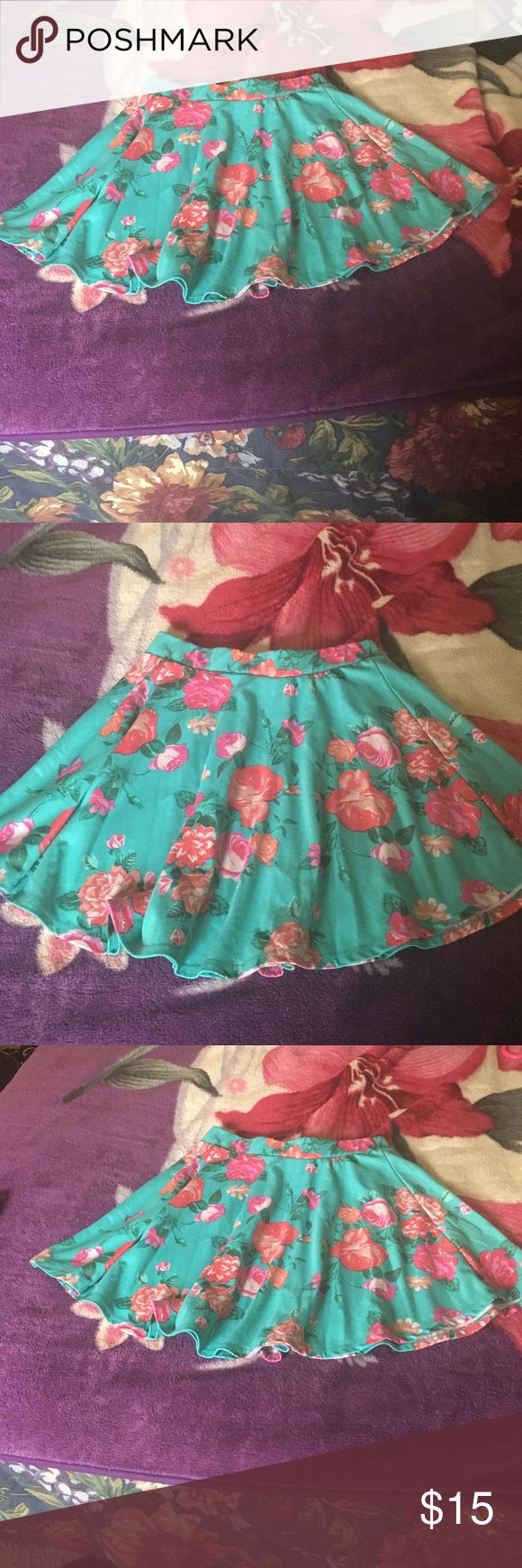 Skirt Foral mint green skirt very cute perfect for spring! Skirts Mini