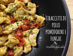 Gli straccetti di pollo pomodorini e funghi sono un secondo piatto velocissimo, saporito e ricco di colore, perfetti per preparare una cena squisita!