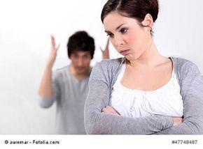 Beziehungskrise? Beziehungskrise: Tipps zur besseren Kommunikation mit dem Partner  Kommunikationsprobleme kommen heute in vielen Bereichen des Alltags vor, besonders aber in der Partnerschaft. Dabei ist es unerheblich, wie lange die Beziehung bereits dauert, denn Kommunikationsprobleme haben nicht immer etwas mit mangelnder Aufmerksamkeit dem Anderen gegenüber zu tun.