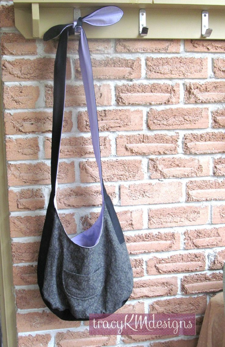 """My first """"hobo bag""""!  Reversible, with pockets."""