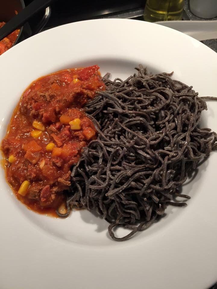 organic black bean noddles with meatsauce