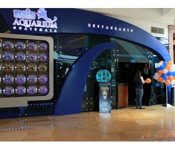 104 best images about oakland mall guatemala on pinterest for Outboard motor shop oakland