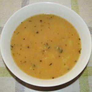 Hrachová polievka zo suchého hrachu