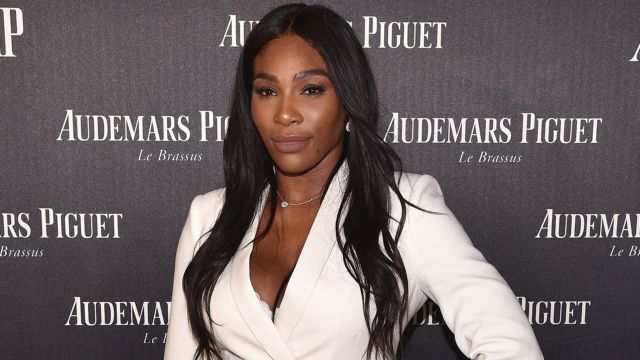Serena Williams Shows Off Growing Baby Bump