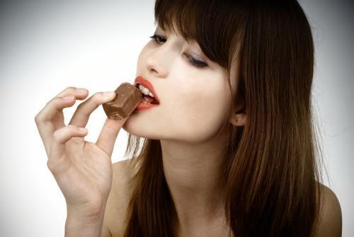 Il cioccolato fondente fa bene al cuore - TeatroNaturale.It