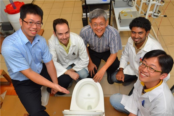 New Toilet Turns Human Waste Into Electricity and Fertilizer  ScienceDaily (June 26, 2012) — Scientists from Nanyang Technological University (NTU) have invented a new toilet system that will turn human waste into electricity and fertilisers and also reduce the amount of water needed for flushing by up to 90 per cent compared to current toilet systems in Singapore.