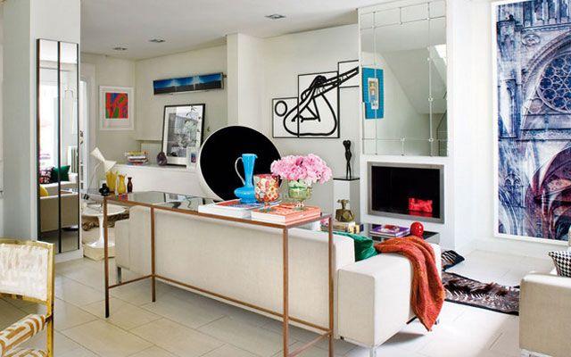 Ideas para decorar el sal n un aparador detr s del - Alicatar cocina detras muebles ...