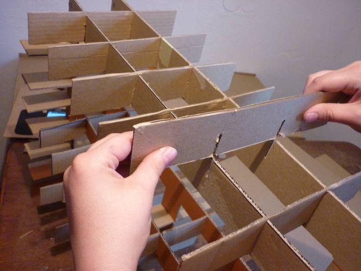 Steckverbindung - Möbel aus Pappe selber bauen