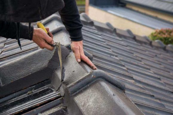 As A Roofing Contractor In Melbourne We Provide A Whole Range Of Roof Repair Services This Includes Standa Roof Restoration Roof Repair Emergency Roof Repair