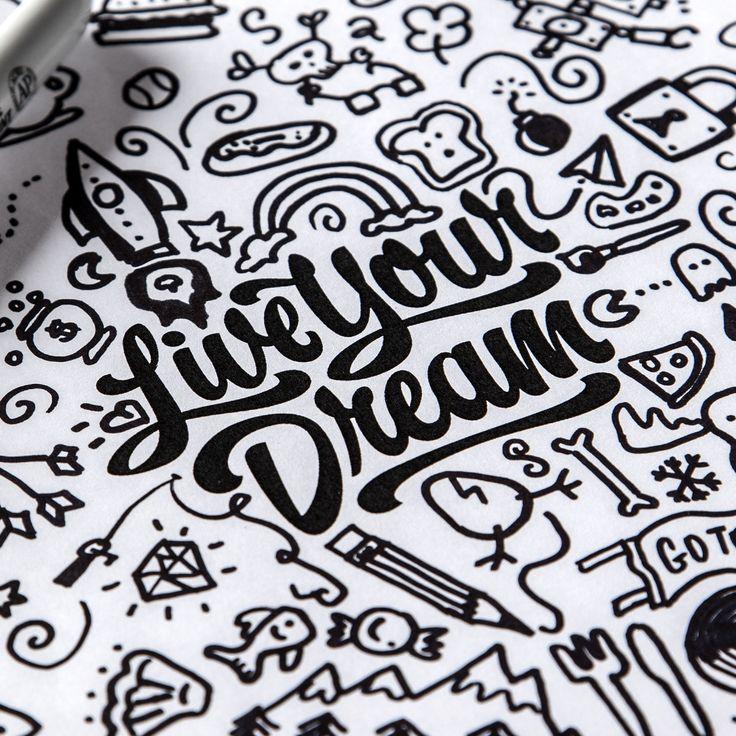 Typography Mania #251   Abduzeedo Design Inspiration