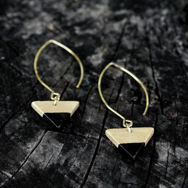 Ceramic black and gold earrigs by Brekszer on Etsy