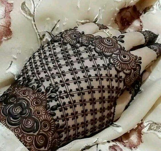 bridal mehndi designs (22)