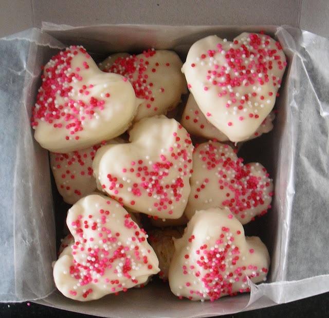 a pretty cool life.: Valentine flashback: Rice Krispie treats