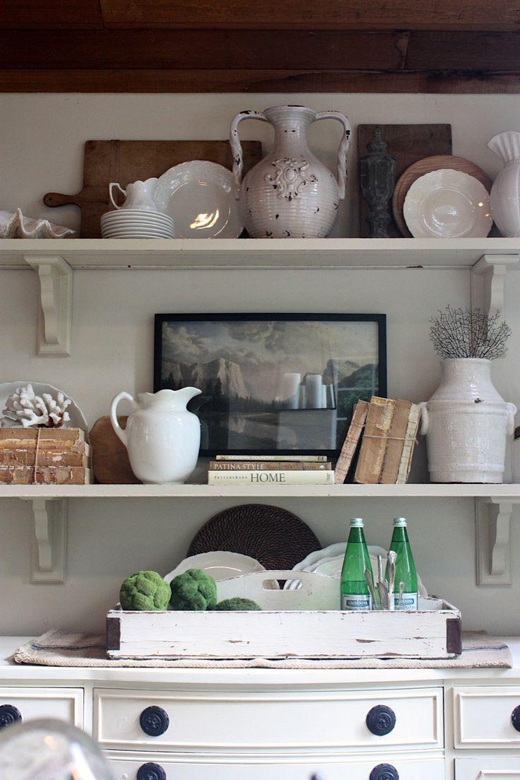 coastalDining Rooms, Kitchens Shelves, Shelf Style, Decor Bookshelves, Shelf Styling, Coastal Kitchens, Sweets Savannah, Buffets Decor Ideas, Room Shelves