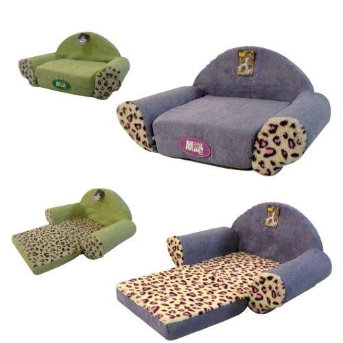 ¿Verde o Morado? Este sillón cama para #perros y #gatos es la combinación perfecta de colores y comodidad Emoticono wink   S (43x27x23 cm), está en oferta a $23.500, rebajado desde $26.500: http://bit.ly/CAP_SCs  M (51x31x26 cm), está en oferta a $27.900, rebajado desde $32.000: http://bit.ly/CAP_SCm  L (60x35x29 cm), está en oferta a $33.900, rebajado desde $41.000: http://bit.ly/CAP_SCl