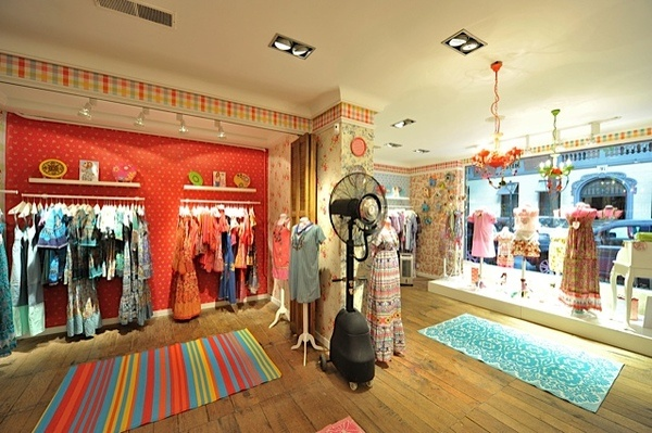 Lighting Design for Pepita Perez Flagship store,Madrid by Macarena  Banuelos, via Behance