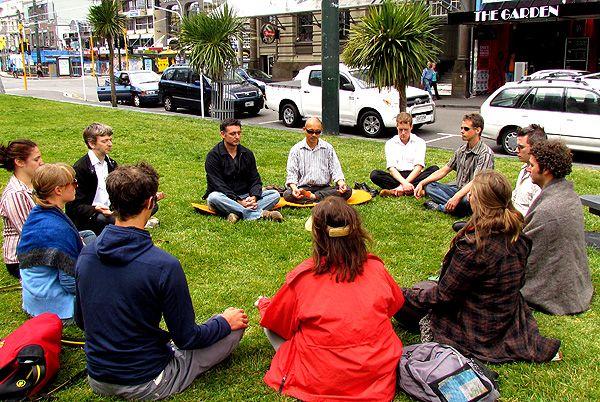 Wellington Medmob, daily meditations in the city.