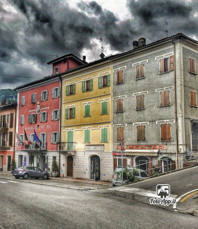 Foto di di Paolo Guidetti - scattata da Castenovo ne' Monti