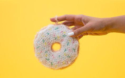 Kennst Du schon Creative Bubble?  Hier stellen wir Dir das innovative Garn vor und haben eine tolle Donut-Anleitung für Dich!