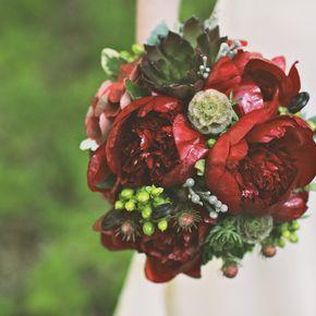 Red Wedding Flower Arrangements