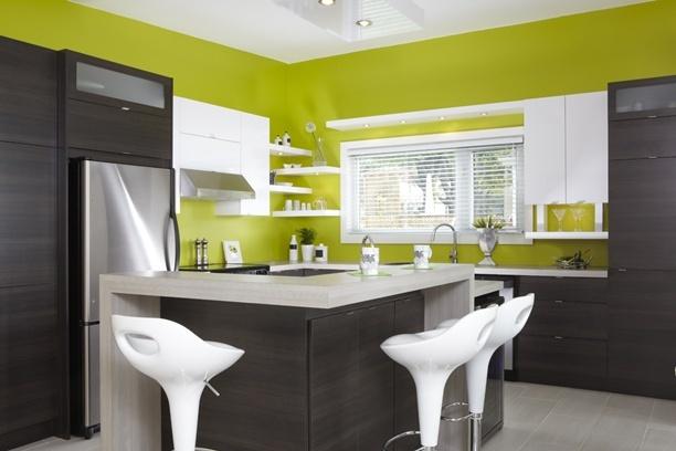 Armoires de cuisine de style moderne la majorit de ces for Armoire blanche cuisine