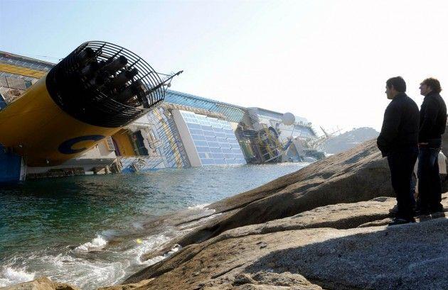 concordia_4 4. The Worst Cruise Ship Catastrophe  COSTA CONCORDIA