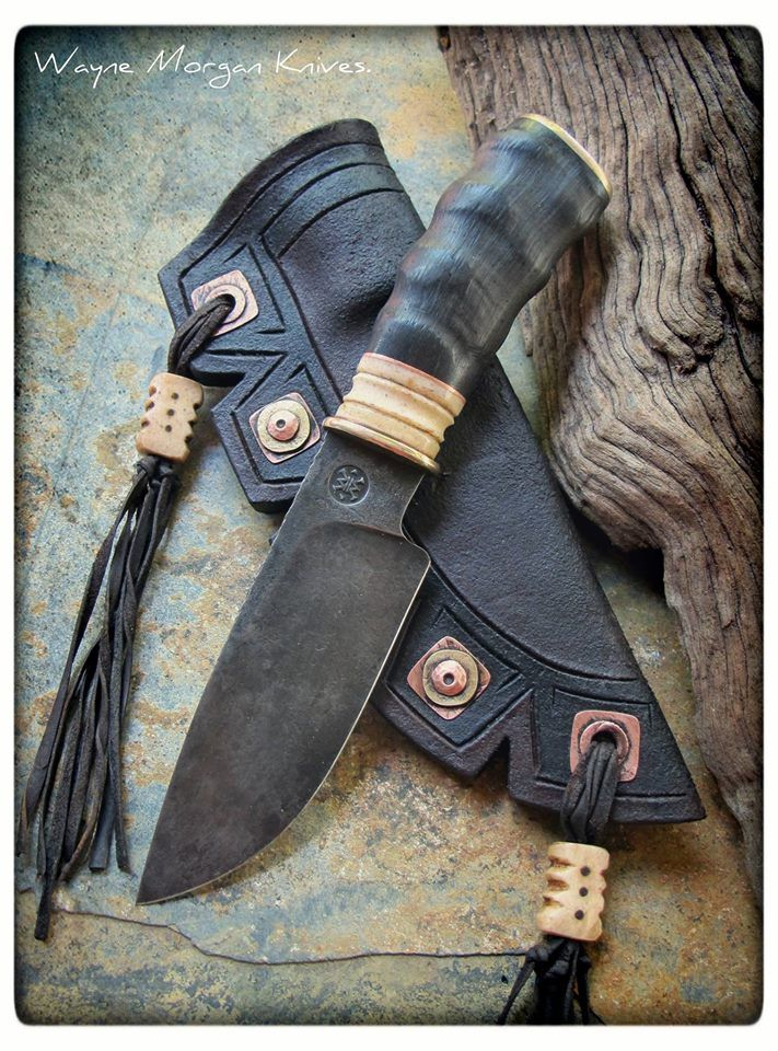 WAYNE MORGAN KNIFE | Steel Bohler K460, Blessbok horn and giraffe bone handle with bronze guard and pommel. Sheath with handmade brass and copper rivet's and giraffe bone beads.