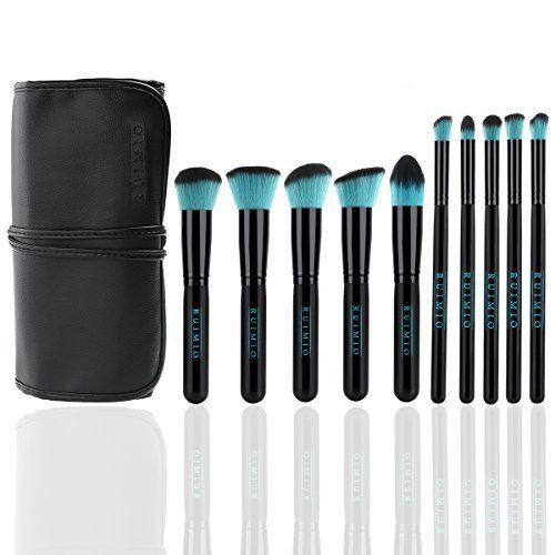 Pinceaux Synthétiques de Maquillage RUIMIO pour Application de Mélange, Highlighting et Contouring Avec Tous Les Types de Cosmétiques - Lot de 10, http://www.amazon.fr/dp/B019ML6N62/ref=cm_sw_r_pi_awdl_x_Lp2aybCGN3P9G