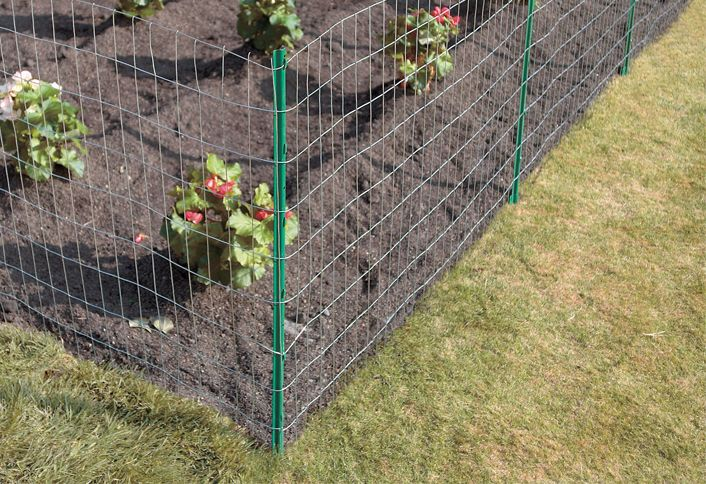 Wooden Garden Fence Home Depot: Best 25+ Chicken Wire Fence Ideas On Pinterest
