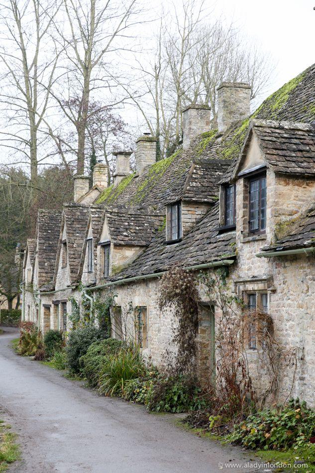 Arlington Row, Bibury, the cotswolds, eglish countryside, cotswold stone, english cottages.
