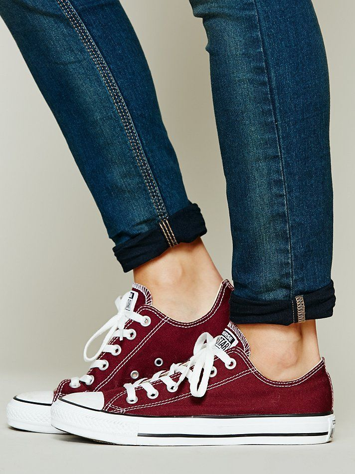 maroon converse with jeans Tuesday 6/10
