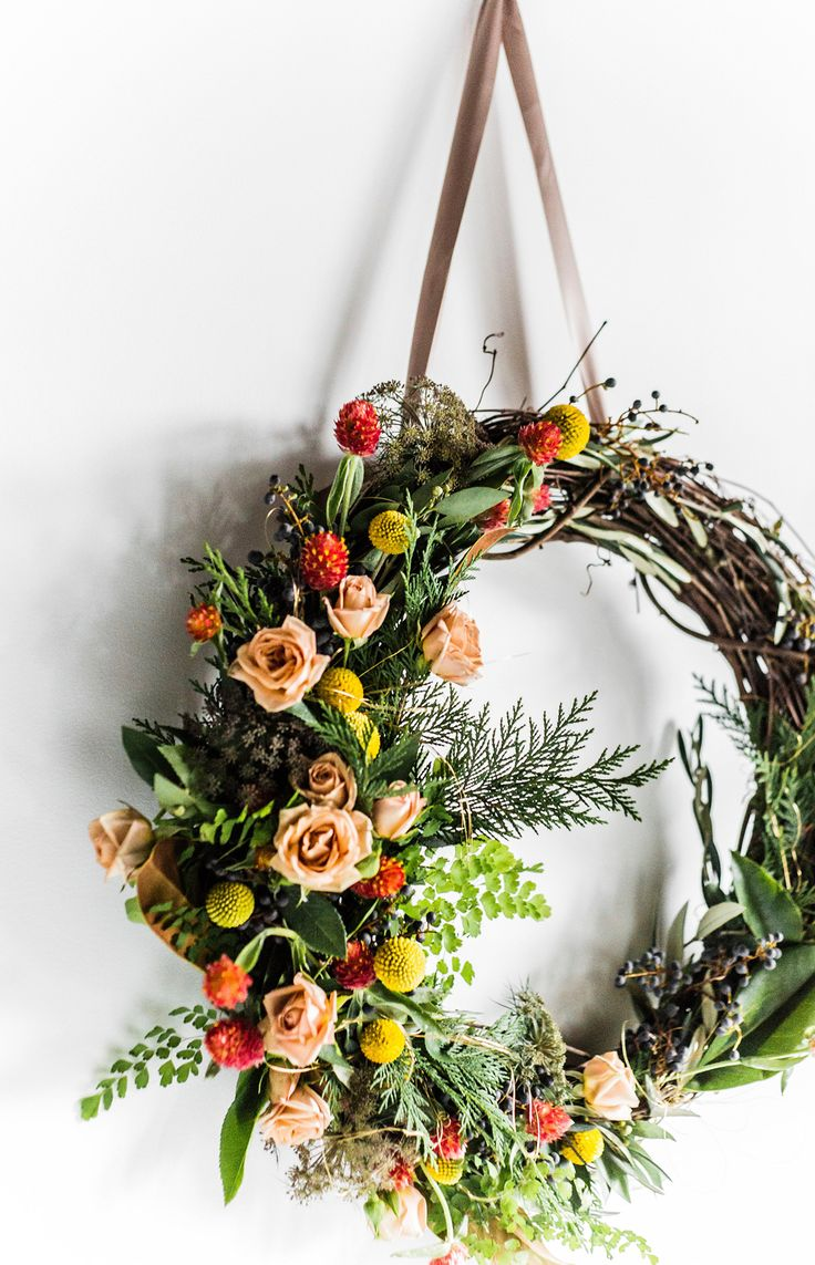 a fresh winter woodland wreath for the holidays | tutorial via coco kelley