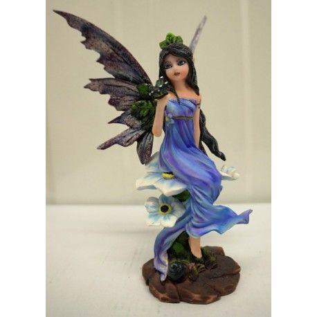 Les 20 meilleures images du tableau figurines f es elfes - Fee clochette assise ...