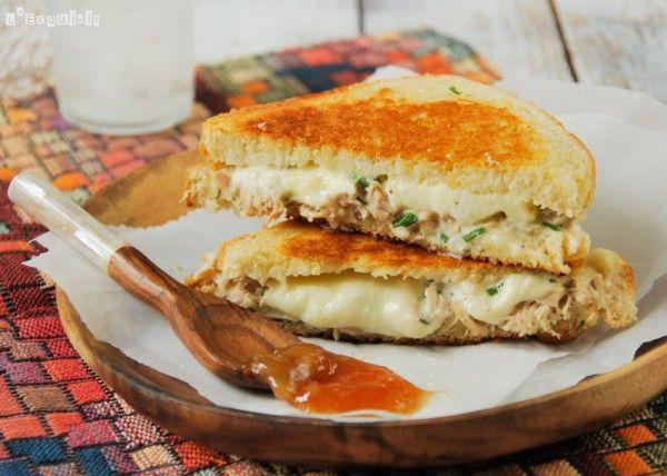 Sandwich de pollo y mozzarella | L'Exquisit
