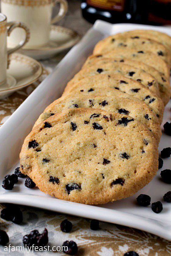Crispy Zaletti Cookies - A lighter, crispier version of this classic Italian cookie. Rum-soaked currants give this cornmeal cookie it's fantastic flavor!