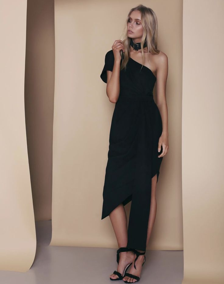 Influence Dress Black - Sizes 6-14. A classic and timeless style.