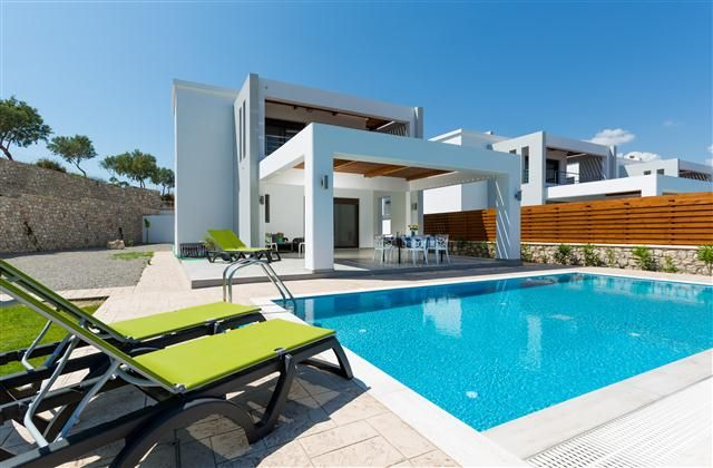 3 Bedroom Home in Rhodes to rent from £959 pw. With wheelchair access and air con.