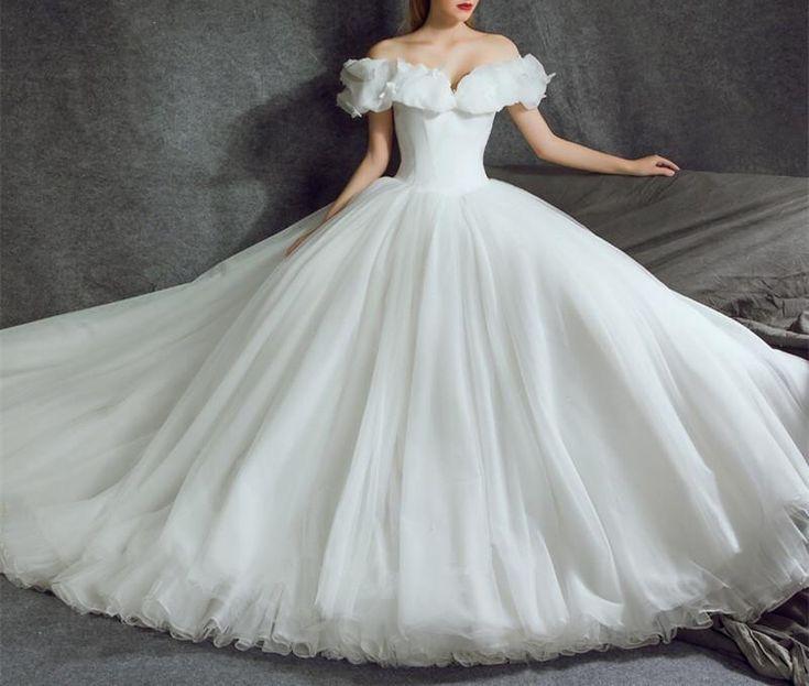 Cinderella Style Wedding Gowns: Best 25+ Cinderella Wedding Dresses Ideas On Pinterest