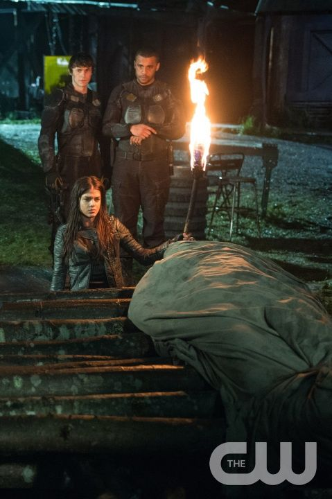 "The 100 -- ""Demons"" -- ImageÂ� HU312B_0440 -- Pictured (Clockwise from Bottom): Marie Avgeropoulos as Octavia, Jonathan Whitesell as Bryan, and Jarod Joseph as Miller -- Credit: Diyah Pera/The CW -- © 2016 The CW Network, LLC. All Rights Reservedpn"