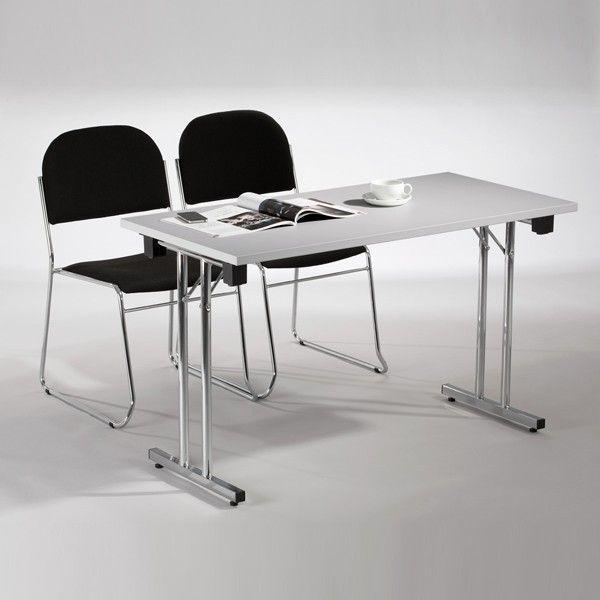 Konferansebord og kongressbord bestiller du sikkert, raskt og enkelt hos Altistore. Her finnes et stort utvalg konferansebord til svært gode priser. Bord Nora 1200x800mm Lys grå - 100898 - Altistore.no
